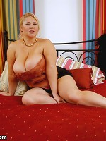 The Official Site of Samantha 38G